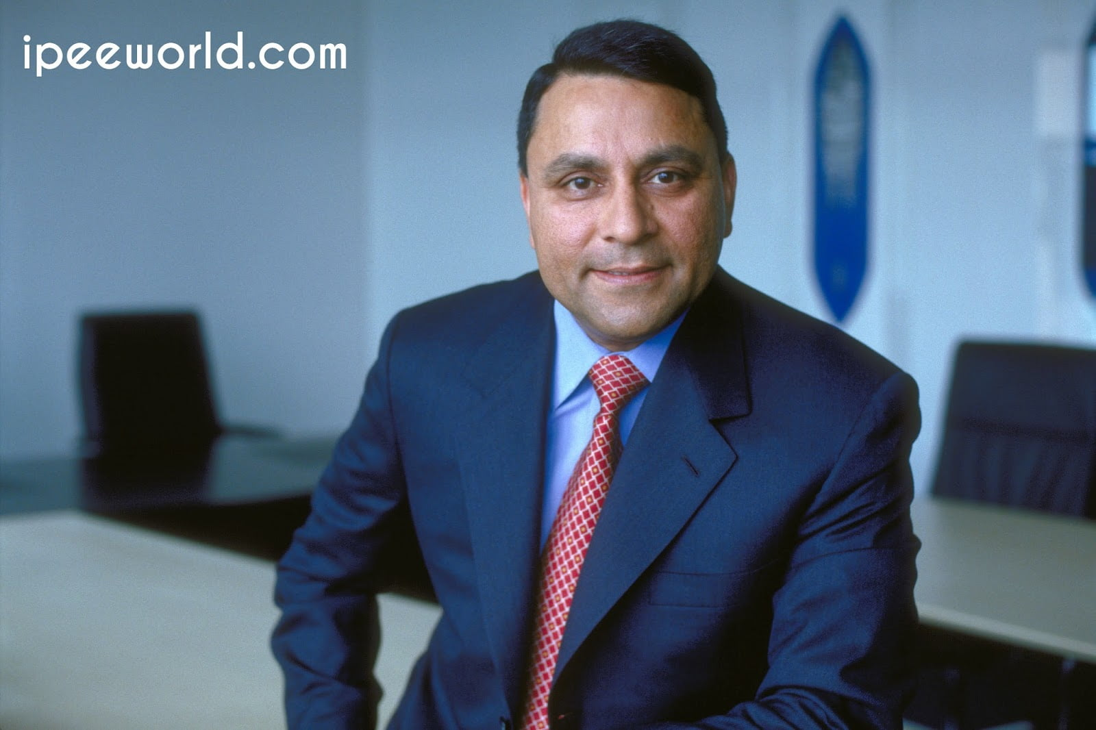 Dinesh Paliwal CEO Harman International
